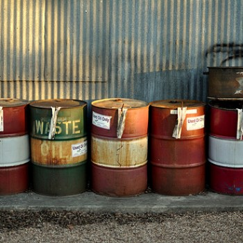 Keep Used Oil and Other Automotive Wastes in Separate Containers