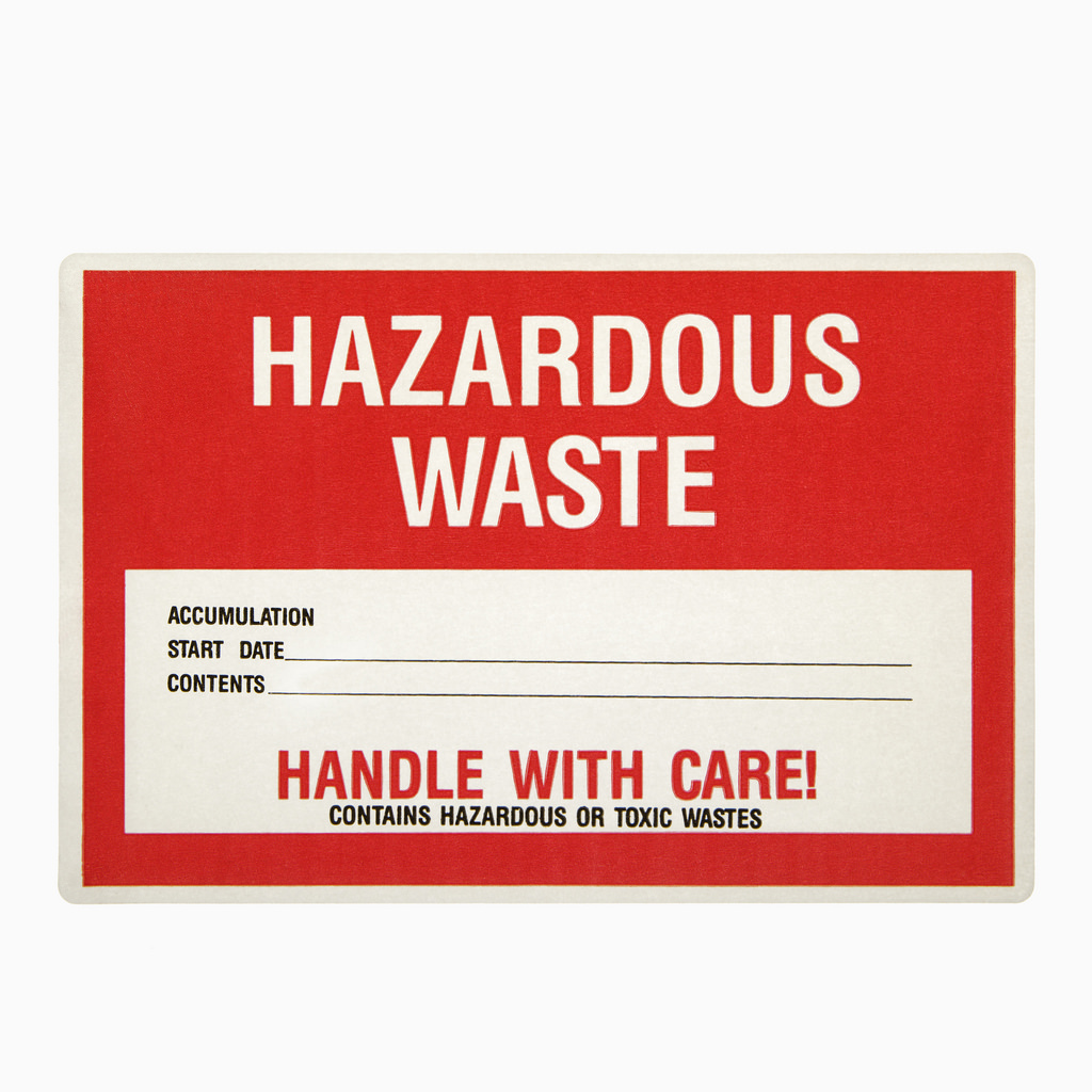 the difference between toxic and hazardous waste